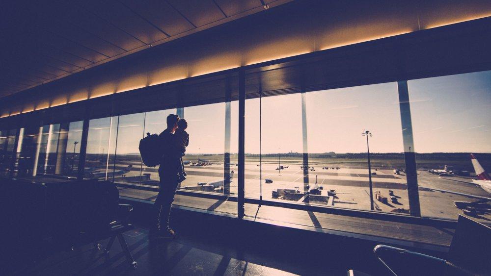 aeroport-pere-et-fils